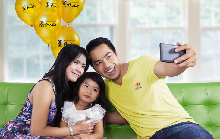 Capture and Share: Family Stories with Prodia